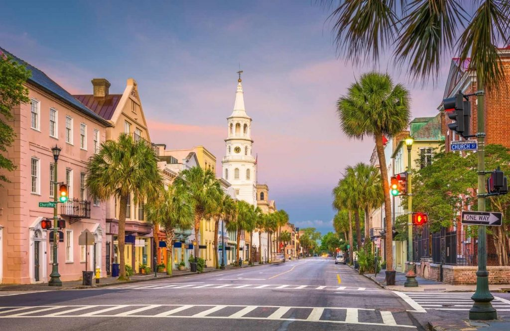 If you're looking for bucket list places to visit in the US, visit Charleston.