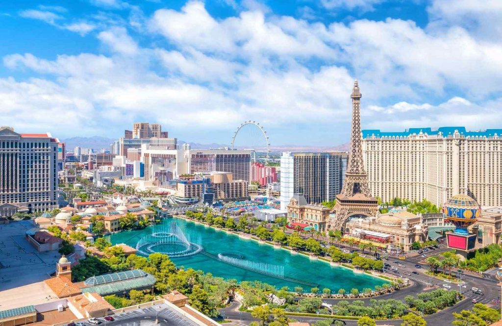 Be sure to add Las Vegas to your USA bucket list.