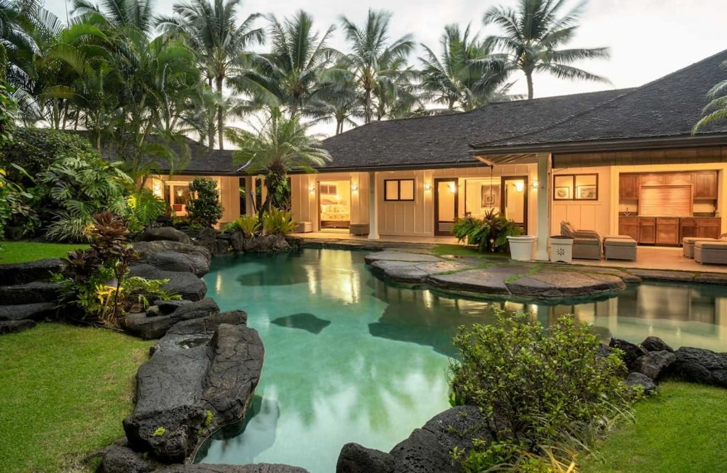This is one of many Airbnbs in Hawaii.