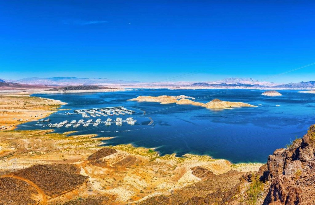 Add Lake Mead to your list of day trips from Las Vegas.