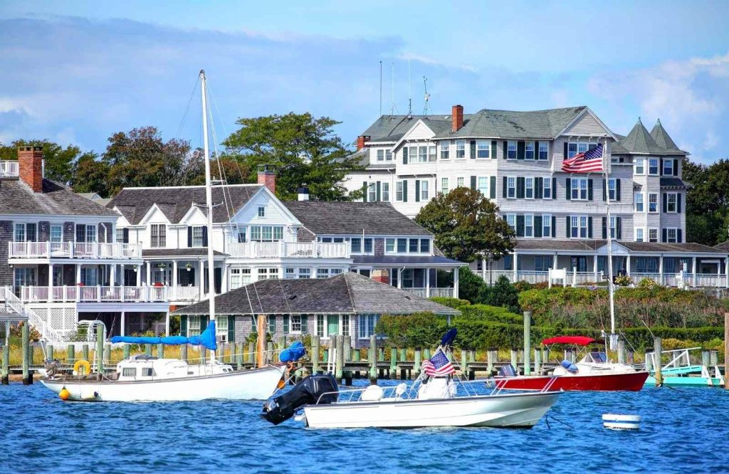 One of the best islands in the USA is Martha's Vineyard.
