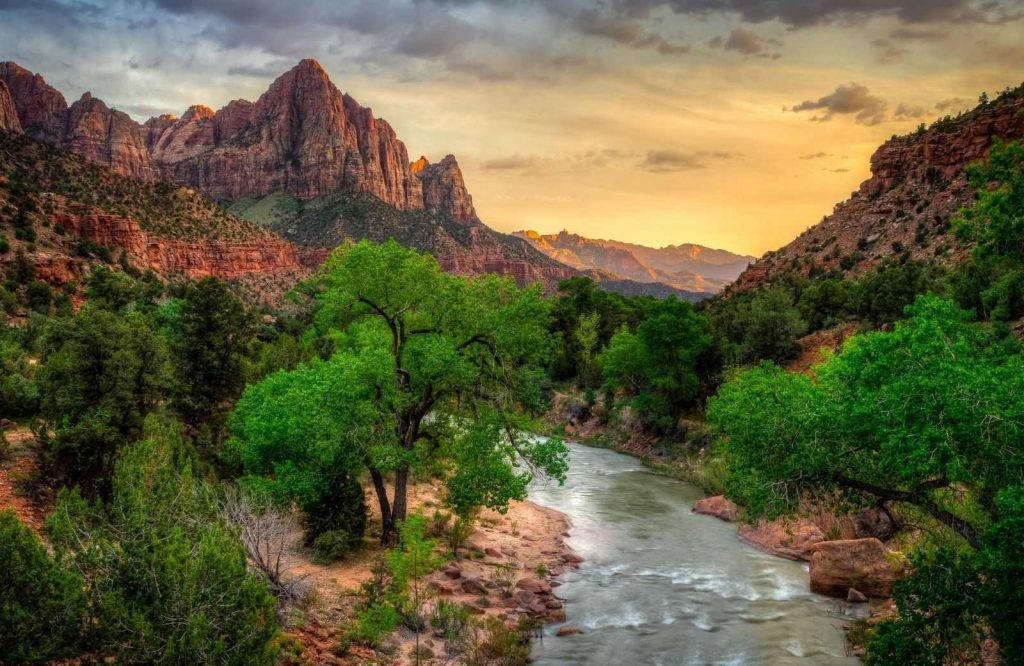 If you're looking for adventurous Las Vegas day trips, visit Zion National Park.