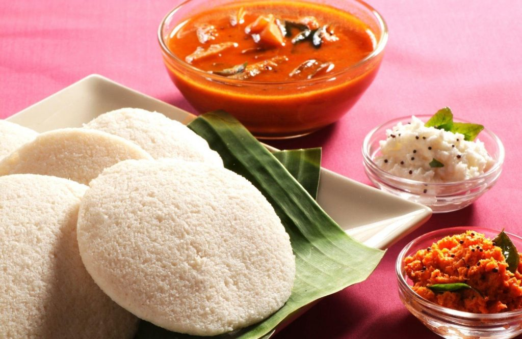 If there's any one Indian street food dish you should try, Idli Sambar is the one!
