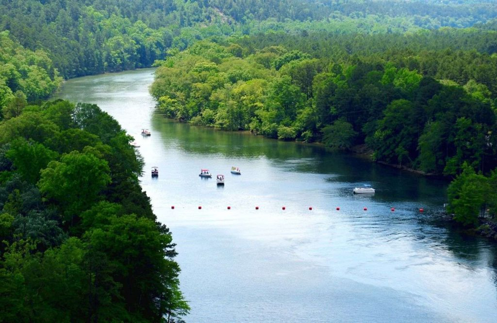 Add Lake Ouachita to your list of things to do in Hot Springs, Arkansas.