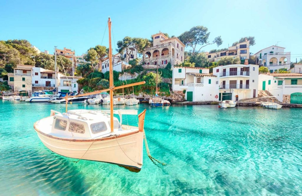 Add Mallorca to your list of romantic cities in Europe.