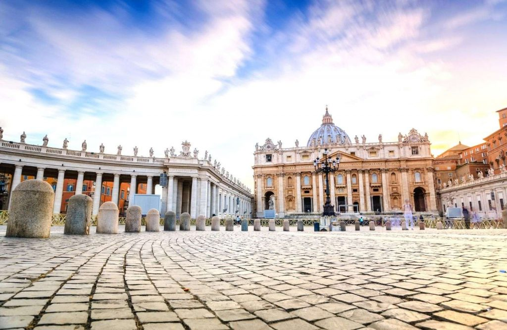 Follow these tips whenever you're visiting the Vatican.