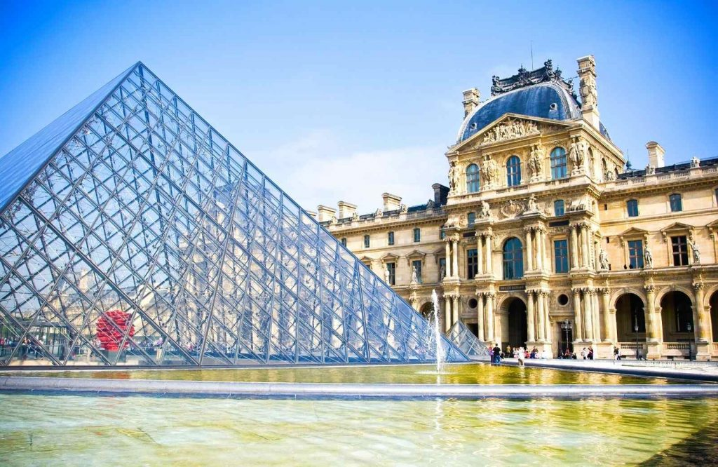 Visit the Louvre Museum during your 3 days in Paris itinerary.