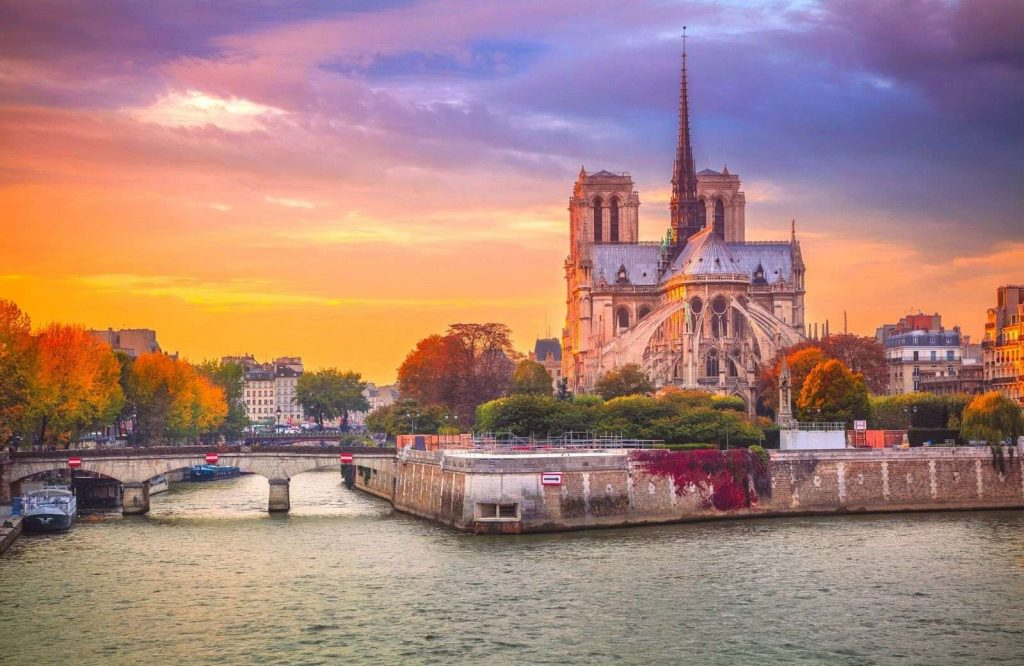Helpful tips for your 3 days in Paris itinerary.