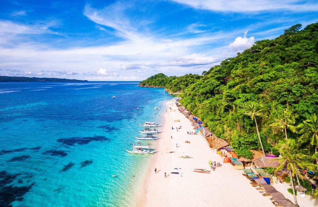 One of the best islands in Asia is Boracay.