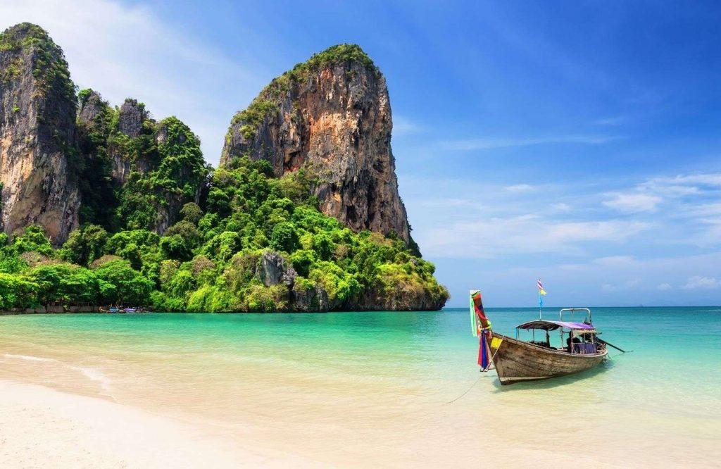 Phuket - relaxing islands in Asia
